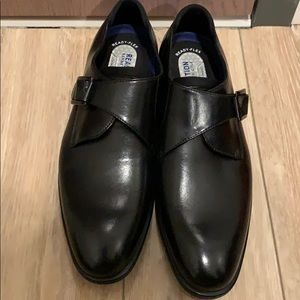 Black Kenneth Cole shoes